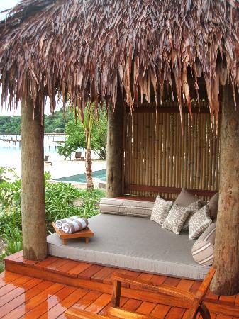 Likuliku Lagoon Resort: Outdoor Bed