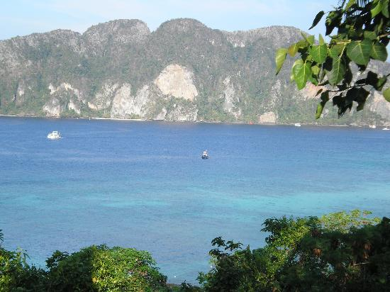 Phi Phi Hill Resort: view from the hill