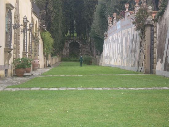 Villa Gamberaia: View of the