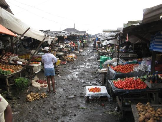 Buea, Kamerun: The market
