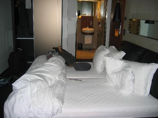 CenterHotel Thingholt: comfy bed