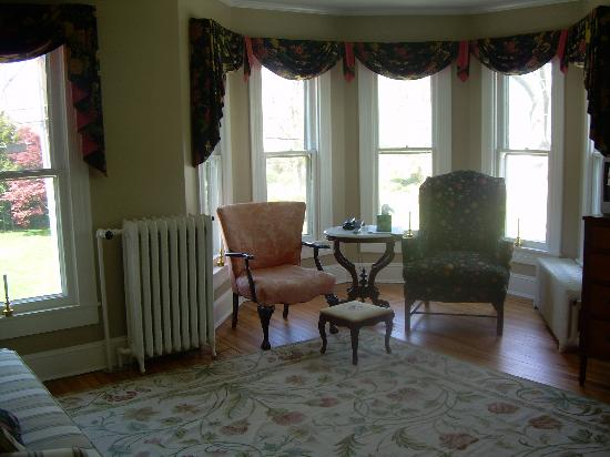 Mill Street Inn: Sitting area