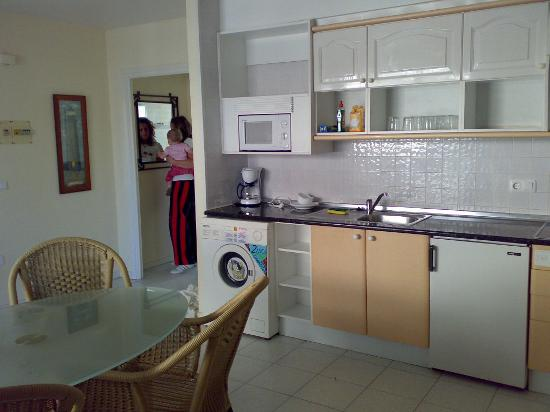 Maurici Park : Main living area and kitchen