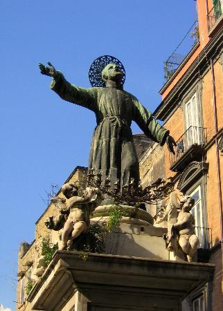 Неаполь, Италия: Bella Napoli!!