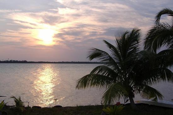 Gales Point, Belize: Beautiful sunrise