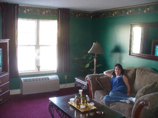 Maysville, KY: Relaxing in the Orleans Suite
