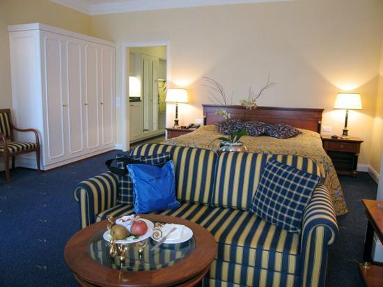 Grand Hotel Quellenhof & Spa Suites : Our Room