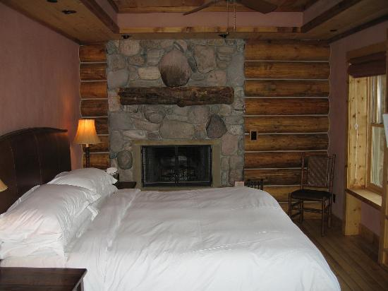 Rainbow Ranch Lodge: Bedroom