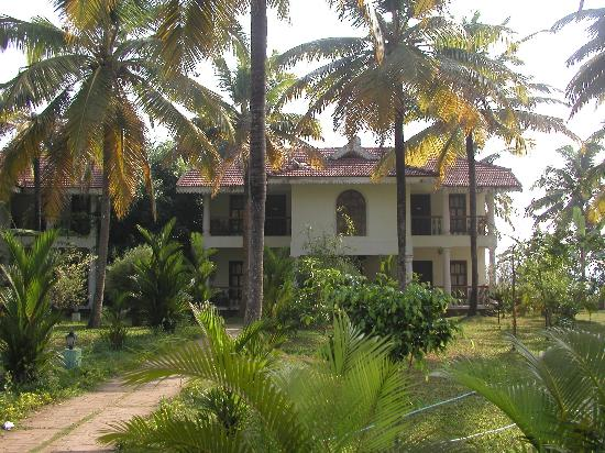 Image result for lakshmi resort kumarakom