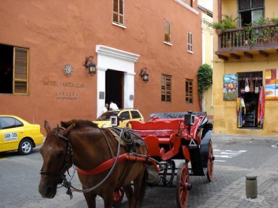Sofitel Legend Santa Clara: Another shot of front of hotel.