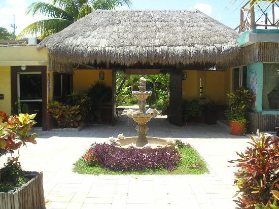 Hacienda Punta Sam: entrée de l'hôtel