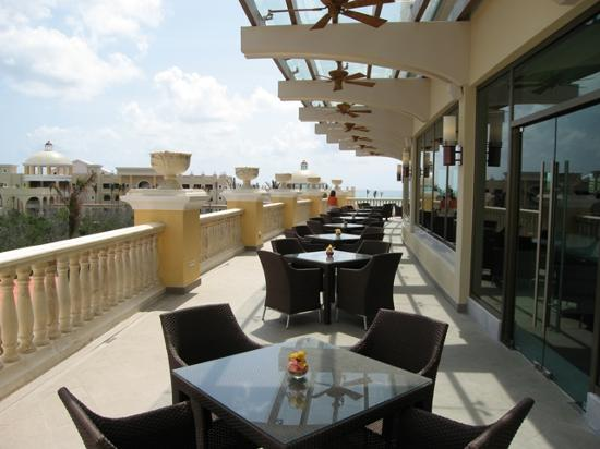 Iberostar Grand Hotel Paraiso: Terraza restaurante japonés