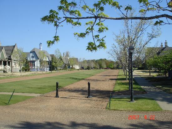 Barnsley Resort: cottages