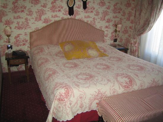 Villa Eugenie: My room
