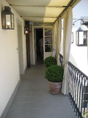 JK Place Firenze : The entrance to the roof terrace.
