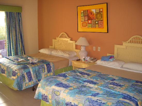 Tropical Princess Beach Resort & Spa: Nice Accomodations ... clean and always neat!