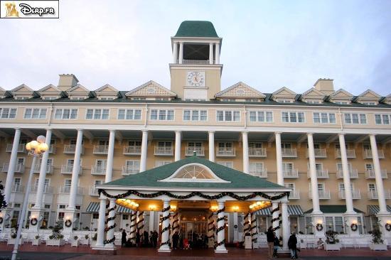 Entr e de l 39 h tel picture of disney 39 s newport bay club for Entree hotel