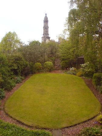 20 London Street: back garden
