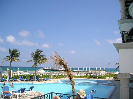 show topic nights enough playa carmen yucatan peninsula