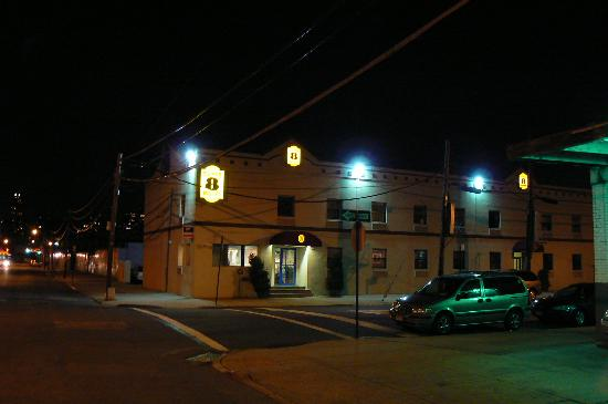 Super 8 Long Island City LGA Hotel Picture
