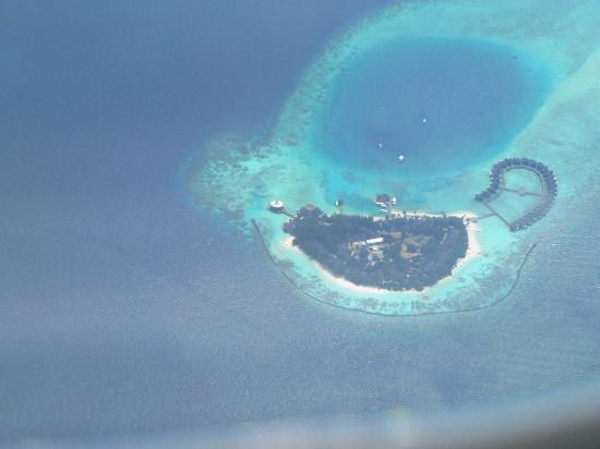 Baros Maldives : There it is down there!