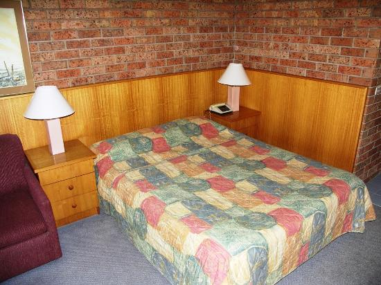 Comfort Inn Merimbula: The Bed