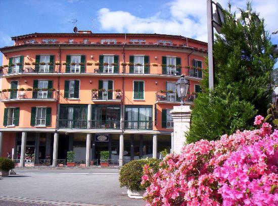 Hotel Residence Dei Fiori: View of hotel