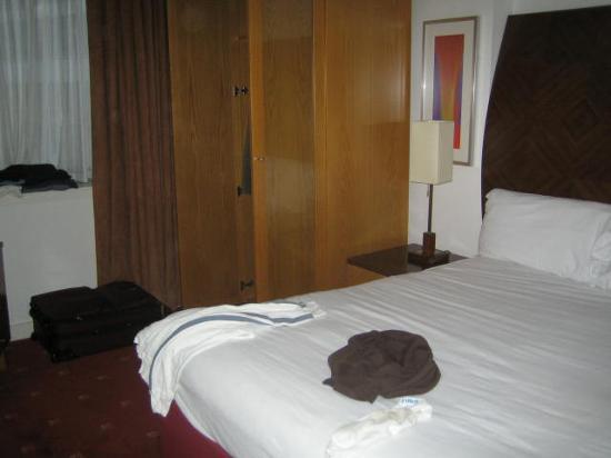Premier Suites: Bedroom 1