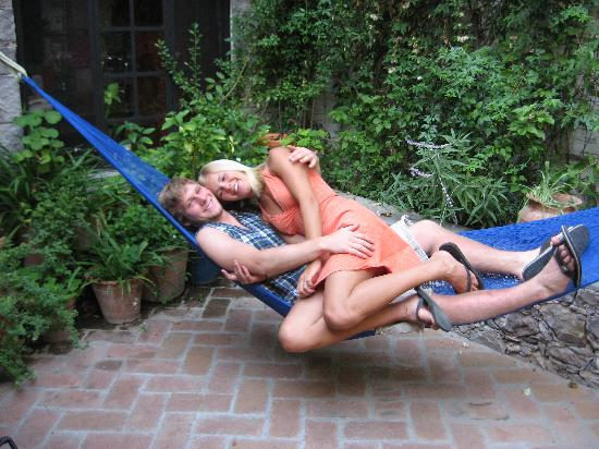 Casita de las Flores: Relaxing in the hammock