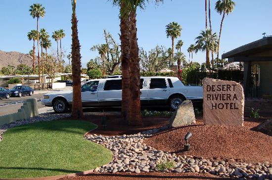 Desert Riviera Hotel: Limo for your persial use