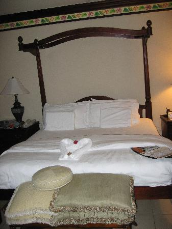 Sandals Royal Plantation: Beautiful room!!!