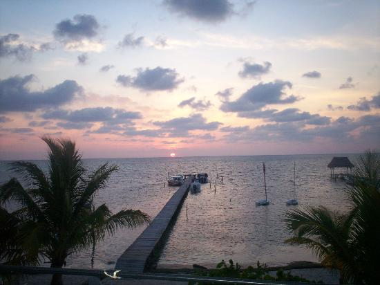 Costa Maya Beach Cabanas: sunrise from our room