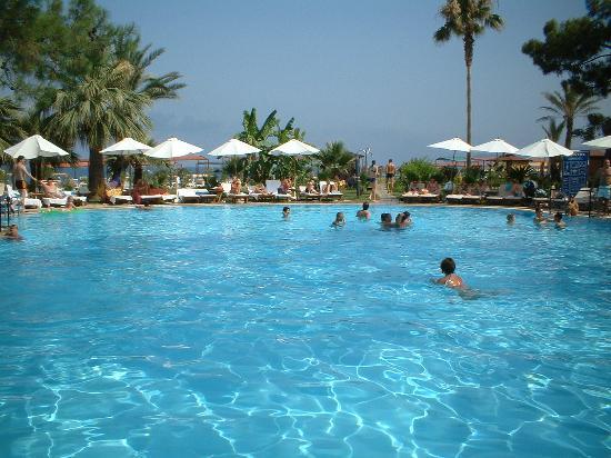 Otium Hotel Life: Pool
