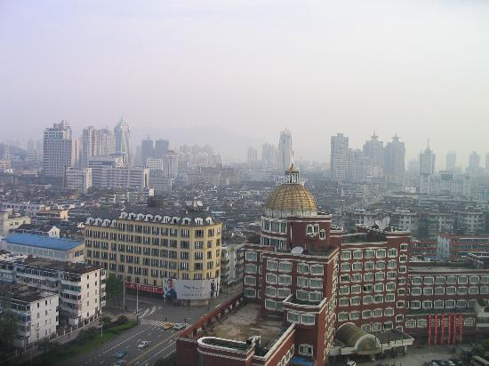 Wenzhou, Kina: View out of bedroom window 1