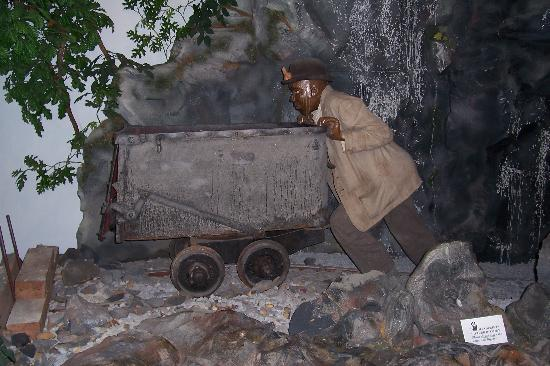 Charlotte Museum of History: Exhibit about the mining days
