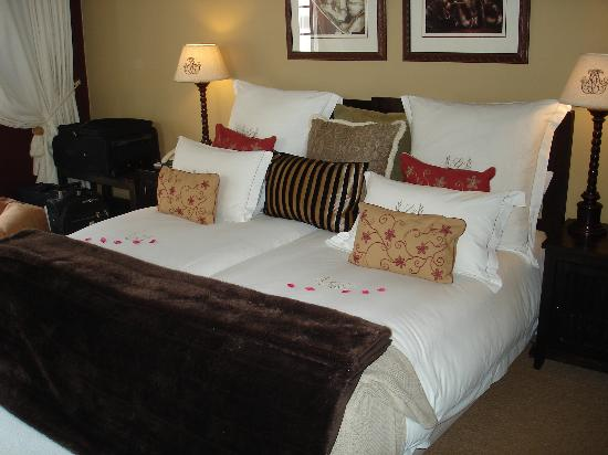 Lairds Lodge Country Estate: wonderful linen