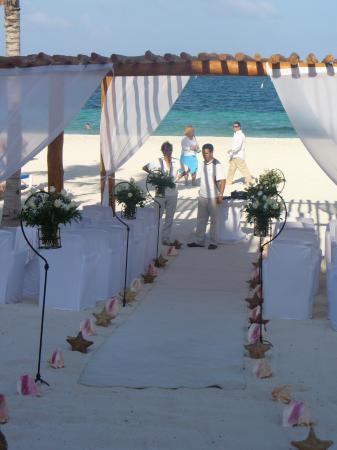 Excellence Riviera Cancun Beach Wedding