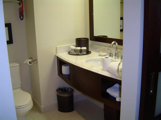 Bucuti & Tara Beach Resort Aruba: Superior Room  bathroom