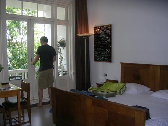 The Collector Bed & Breakfast: Bedroom 1