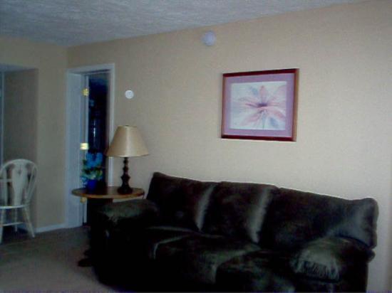 Eureka Suites: A comfortable Sofa!