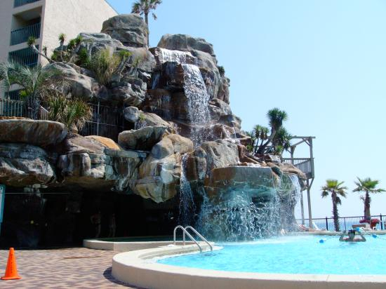 Hotels In Panama City Beach >> Hotel Pool Picture Of Days Inn By Wyndham Panama City Beach Ocean