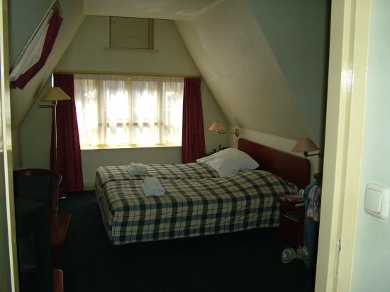 Hotel Prins Hendrik Room 221