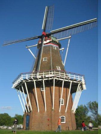 Windmill Island Gardens: Windmill Island