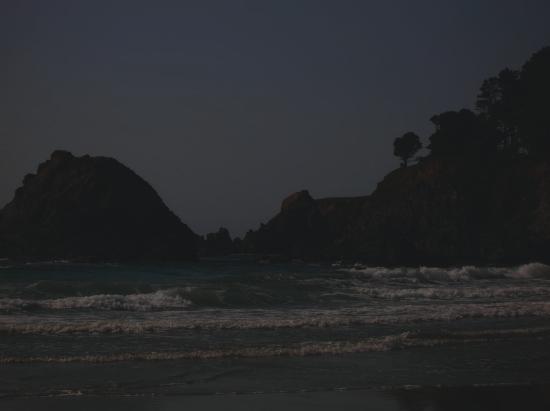 Pine Beach Inn: Private beach area