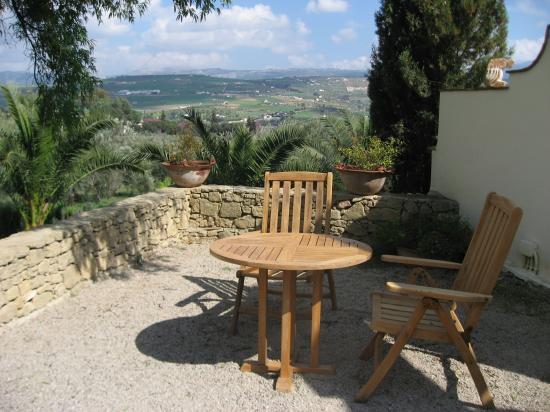 Hotel La Fuente De La Higuera: Somewhere to relax