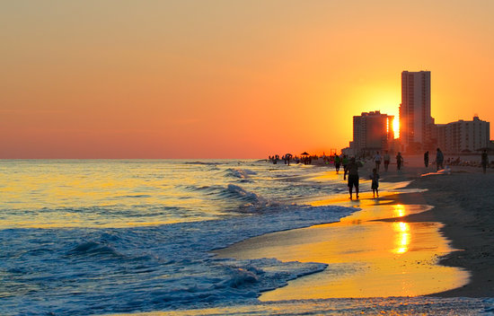 Gulf Shores, Αλαμπάμα: The Sunsets on the Gulf  can be Spectacular