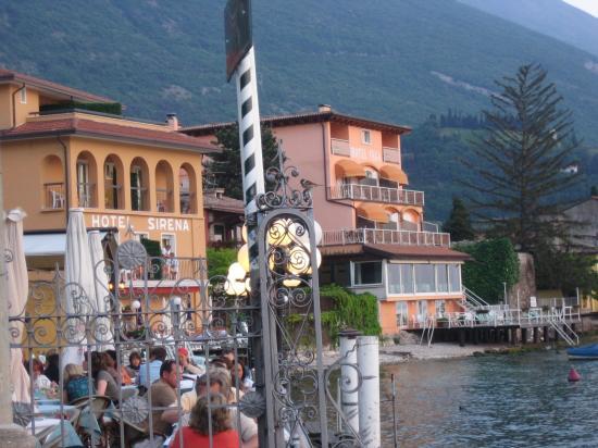 Hotel Sirena: Ansicht von der Seeseite