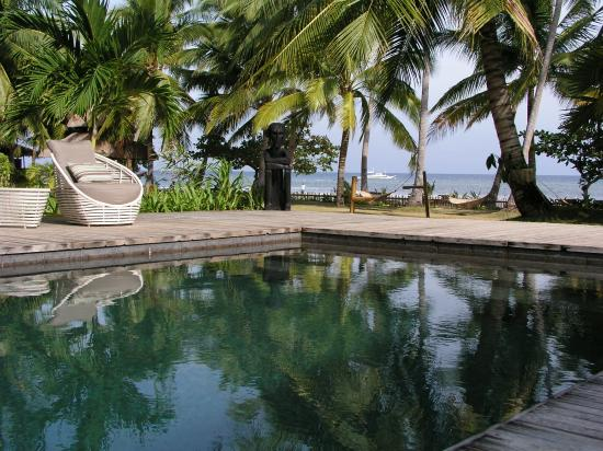 The Ananyana Beach Resort & Spa: The swinming pool and beach
