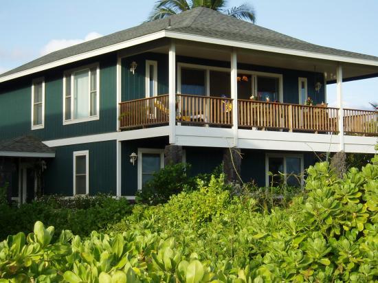 Hale Puka 'Ana: Ocean view lanai