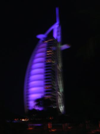 Burj Al Arab Jumeirah: Burj at night